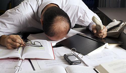 Estresse no trabalho: como evitar o desencadeamento de crises empresariais