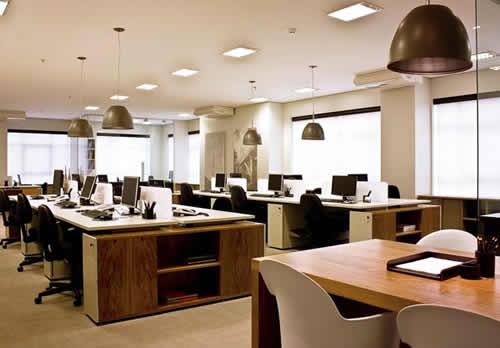 A adaptação de profissionais em um escritório