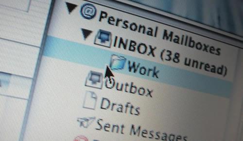 Como administrar o e-mail do trabalho?